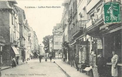 """CPA FRANCE 14 """"Lisieux, la rue Pont Mortain"""""""