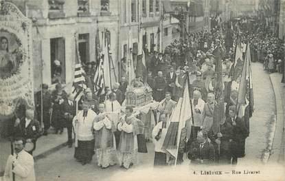 "CPA FRANCE 14 ""Lisieux, rue Livarot """
