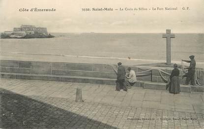 """/ CPA FRANCE 35 """"Saint Malo, la croix du Sillon, le fort National"""""""