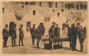 "Asie CPA ISRAËL ""Jerusalem, distribution de médailles"""