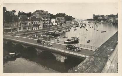 """CPSM FRANCE 44 """"Le Pouliguen, la port et le quai Benoit"""""""