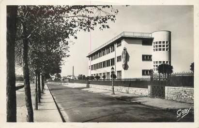 """CPSM FRANCE 44 """"Saint Nazaire, avant les bombardements, collège Saint Louis"""""""
