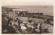 """14 Calvado CPSM FRANCE 14 """"Luc sur Mer, la plage """""""