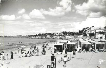 """CPSM FRANCE 44 """"La Bernerie en Retz, la grande plage"""""""