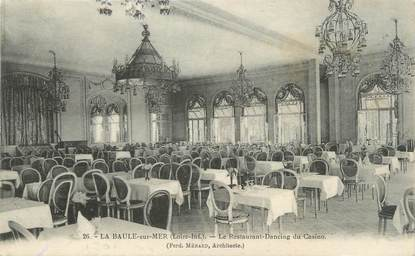 """CPA FRANCE 44 """"La Baule sur Mer, le restaurant Dancing du casino"""""""