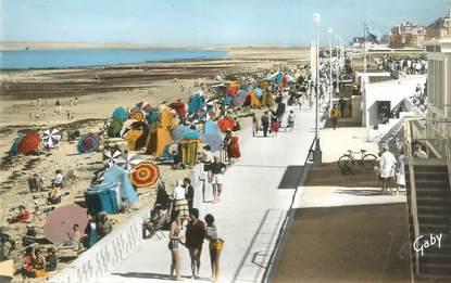"""CPSM FRANCE 14 """"Luc sur Mer, la plage """""""