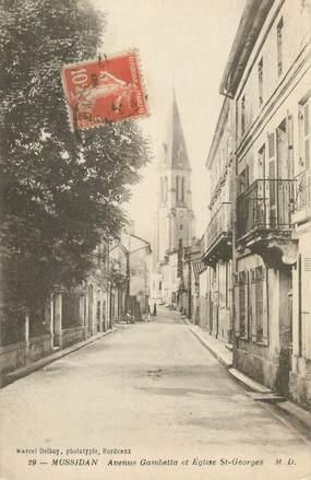 "CPA FRANCE 24 ""Mussidan, avenue Gambetta et église Saint Georges"""