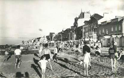 """CPSM FRANCE 14 """"Saint Aubin sur Mer, la plage et les villas"""""""