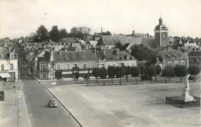 """CPSM FRANCE 72 """"Chateau du Loir, place de l'hôtel de ville et l''église"""""""