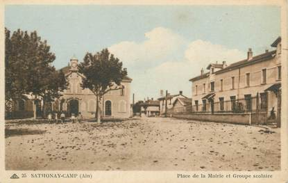 "CPA FRANCE 01 ""Sathonay Camp, place de la mairie et groupe scolaire"""