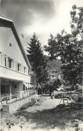 """CPSM FRANCE 38 """"Allevard Les Bains, la Bourdonnière, maison d'enfants """""""