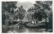 """73 Savoie CPSM FRANCE 73 """"La Léchère Les Bains, l'hôtel des Bains, le lac et la buvette"""""""