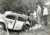 "France PHOTO ORIGINALE / PHOTO DE PRESSE / FRANCE 56 ""Entre Auray et Vannes, accident de voiture"""