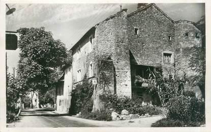 """CPSM FRANCE 73 """"Serrières en Chautagne, entrée du village et château Denis"""""""
