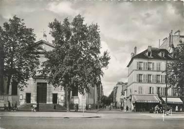 """CPSM FRANCE 92 """"Neuilly sur Seine, l'avenue de Neuilly et l'église"""""""
