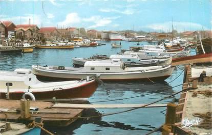 """CPSM FRANCE 33 """"Gujan Mestras, le grand port vu de la mer"""""""