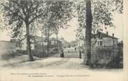 """33 Gironde CPA FRANCE 33 """"Coutras, passage à niveau et la gendarmerie"""""""