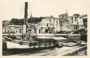 "33 Gironde CPSM FRANCE 33 ""Bourg sur Gironde, le port"""