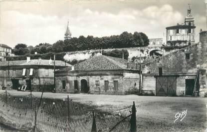 """CPSM FRANCE 33 """"Bourg sur Gironde, les quais"""""""