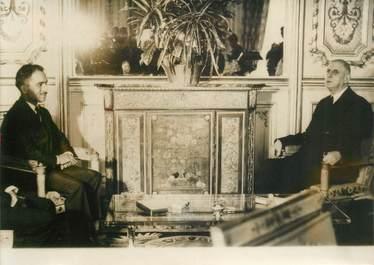 PHOTO DE PRESSE ORIGINALE / Le Général de Gaulle à l'Hotel de volle d'Angoulême, 1963