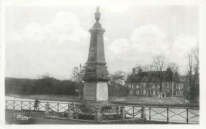 """CPSM FRANCE 08 """"Vireux Molhain, monument aux morts et château de Vireux Wallerand"""""""