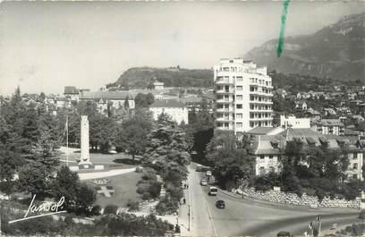 """CPSM FRANCE 73 """"Chambéry, Monument aux morts et Immeuble Le Clos Savoiroux """""""