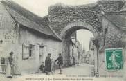 """37 Indre Et Loire CPA FRANCE 37 """"Montbazon, la vieille porte rue des Moulins"""""""