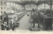 """37 Indre Et Loire CPA FRANCE 37 """"Tours, intérieur de la gare, les quais"""""""