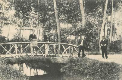 """CPA FRANCE 89 """"Auxerre, parc de l'arbre sec"""""""