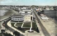 """35 Ille Et Vilaine CPSM FRANCE 35 """"Saint Malo, vue d'ensemble et le casino"""""""
