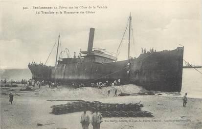 """CPA FRANCE 85 """"Saint Gilles Croix de Vie, renflouement du Pohrea"""""""