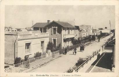 """CPA FRANCE 85 """"Saint Gilles Croix de Vie, l'avenue de l'Océan"""""""