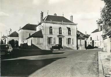 """CPSM FRANCE 89 """"Cravant, la mairie"""""""