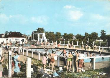 """CPSM FRANCE 18 """"Vierzon, la piscine"""""""