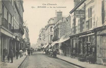 "CPA FRANCE 35 ""Dinard, la rue Levavasseur"""