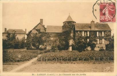"""CPA FRANCE 35 """"Langon, la chaussée vue du jardin"""""""
