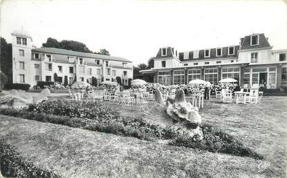 "CPSM FRANCE 35 ""Dinard, hôtel de la Mer"""