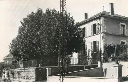 """CPSM FRANCE 38 """"Saint Alban de Varèze, mairie et écoles"""""""
