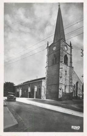 """CPSM FRANCE 42 """"Usson, l'ensemble de l'église paroissiale"""""""