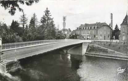 """CPSM FRANCE 56 """"Pontivy, le pont Neuf et l'hôtel Robic"""""""