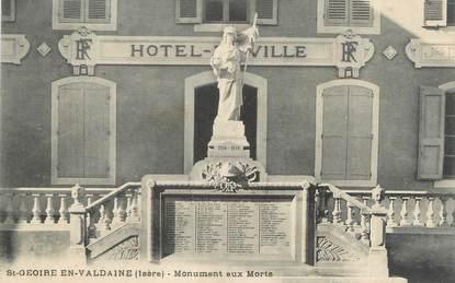 """CPA FRANCE 38 """"Saint Geoire en Valdaine, monument aux morts"""""""