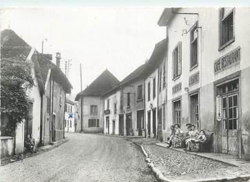 """CPSM FRANCE 38 """"Saint Bueil, le bourg"""""""