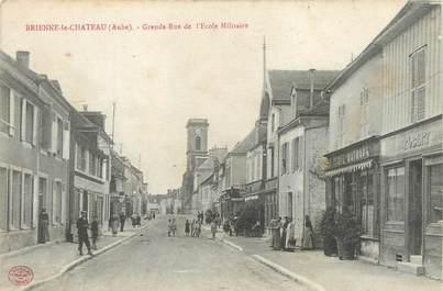 """CPA FRANCE 10 """"Brienne le Château, grande rue de l'école militaire"""""""