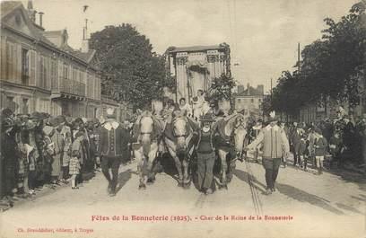 """CPA FRANCE 10 """"Troyes, fêtes de la Bonneterie"""""""
