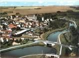 """60 Oise CPSM FRANCE 60 """"Mareuil sur Ourcq, vue aérienne sur le canal de l'Ourcq"""""""