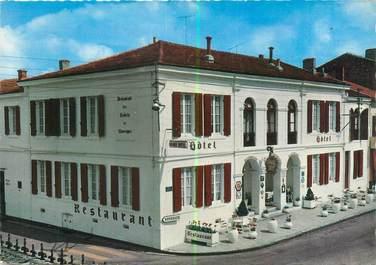 """CPSM FRANCE 47 """"Casteljaloux, grand hôtel restaurant des Cadets de Gascogne"""""""