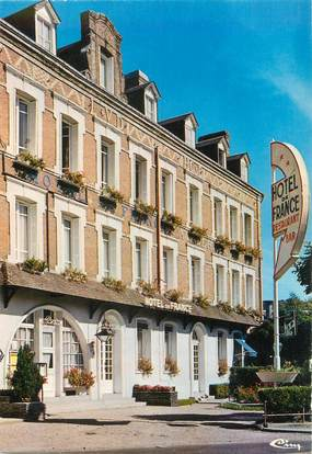"CPSM FRANCE 76 ""Lillebonne, hôtel de France"""