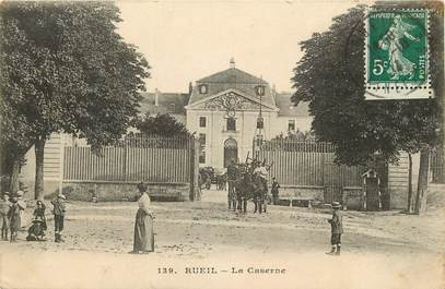 "CPA FRANCE 92 ""Rueil, la Caserne"""