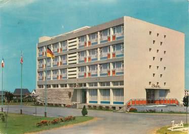 """CPSM FRANCE 22 """"Saint Brieuc, hôtel Le Griffon"""""""