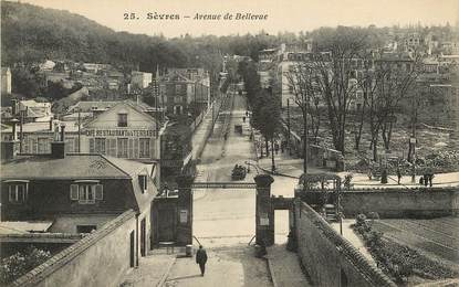 """CPA FRANCE 92 """"Sèvres, avenue de Bellevue"""""""